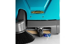 motospazzatrice elettrica nuova eureka kobra eb alza flap per rifiuti ingombranti