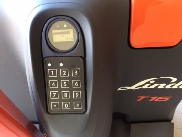 display transpallet e stoccatore linde con pin code